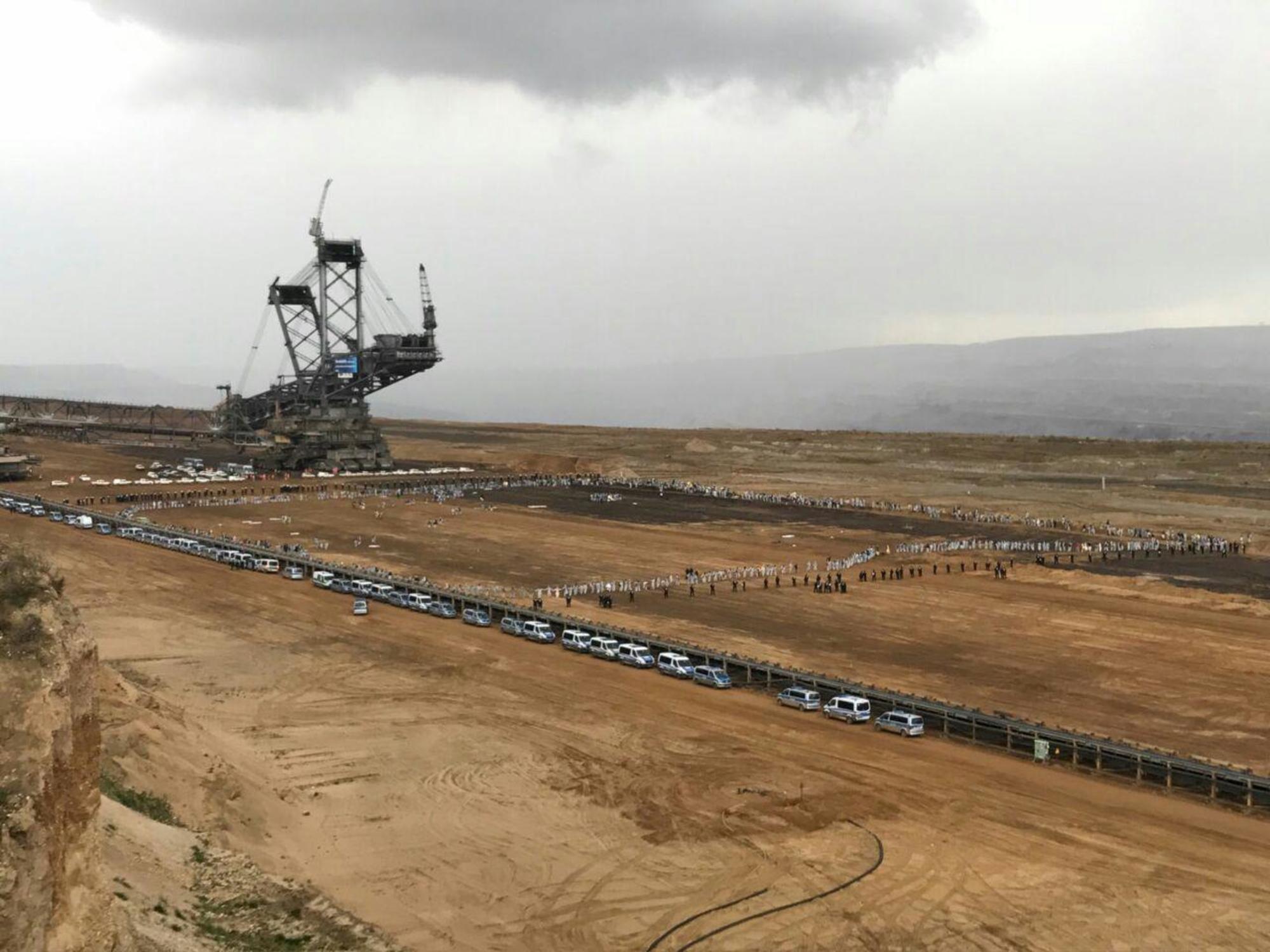 Así son los activistas que se enfrentan a la industria minera mundial