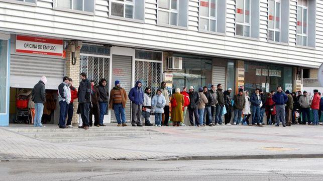 El sistema de desempleo no aguanta la crisis: la mitad de los parados son pobres