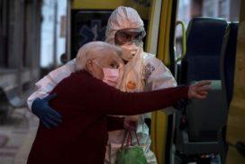 En solidaridad con los pobres, los viejos y los niños, víctimas en esta pandemia